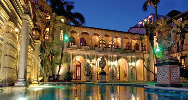 luxury-celebrity-Homes-the-Versace-Mansion  Celebrity Homes – The Versace's Mansion luxury celebrity Homes the Versace Mansion