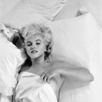 Celebrity Portraits by famous photographers  Celebrity Portraits by famous photographers celebrity portraits by famous photographers marilyn monroe by eve arnold 209x209