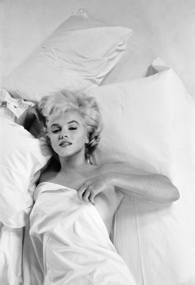 Celebrity Portraits by famous photographers  Celebrity Portraits by famous photographers celebrity portraits by famous photographers marilyn monroe by eve arnold