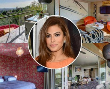 Celebrity-Homes-Eva-Mendes-House  Inside Celebrity Homes – Eva Mendes Celebrity Homes Eva Mendes House1 371x300
