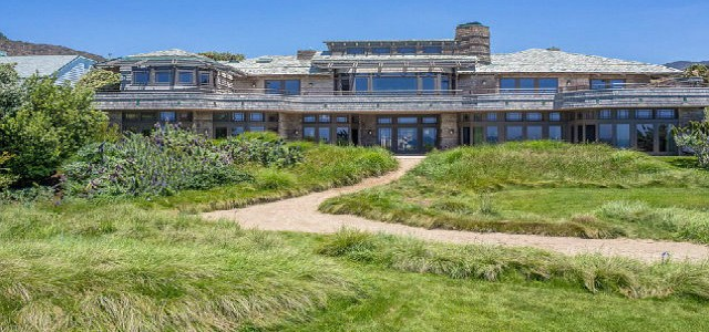 Celebrity Homes - Steven Spielberg puts his Malibu mansion for rent  Celebrity Homes – Steven Spielberg puts his Malibu mansion for rent Celebrity Homes Steven Spilberg puts his home in Malibu for rent 11 640x300