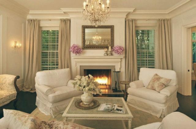 Celebrity Homes in Los Angeles Top 10 — Celebrity Homes in Los Angeles Top 10 Celebrity Homes in Los Angeles jennifer lawrence living room