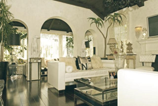Celebrity Homes in Los Angeles Top 10 — Celebrity Homes in Los Angeles Top 10 Celebrity Homes in Los Angeles paris hilton mansion