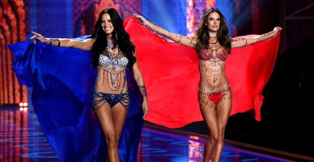 2014 Victoria's Secret Fashion Show 2014 Victoria s Secret Fashion Show Adriana Lima and Alessandra Ambrosio0