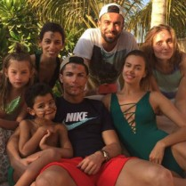 Cristiano Ronaldo and Irina Shayk Split– All the Details4  Cristiano Ronaldo's Christmas Vacations Cristiano Ronaldos Christmas Vacations0 209x209