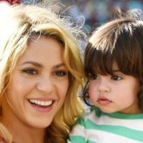 Pregnant celebrities meet the mothers of 2015_shakira_kid0  Pregnant celebrities: meet the mothers of 2015 Pregnant celebrities meet the mothers of 2015 shakira kid0 209x209