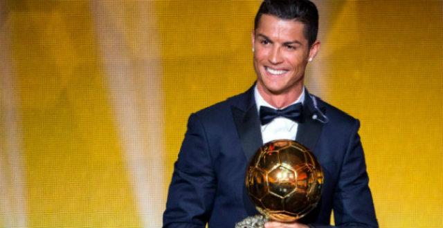Celebrity Gossip Cristiano Ronaldo wins the 3th Golden Ball3