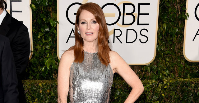 Golden Globes 2015 best dressed_JulianneMoore 0  Golden Globes 2015: best dressed Golden Globes 2015 best dressed JulianneMoore 0
