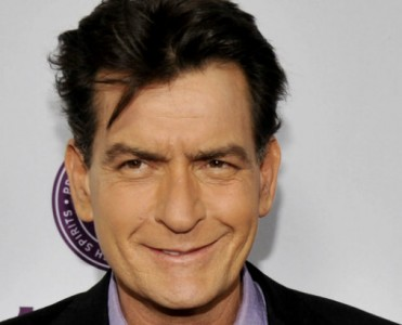 Celebrity Houses: Charlie Sheen House in Beverly Hills for Sale  Celebrity Houses: Charlie Sheen House in Beverly Hills for Sale Celebrity Houses Charlie Sheen House in Beverly Hills for Sale 371x300