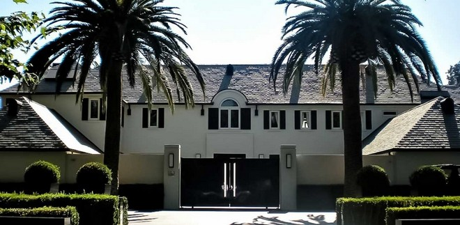 Home in Beverly Hills (7) simon cowell home Celebrity Homes: Simon Cowell Home in Beverly Hills Home in Beverly Hills 7
