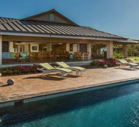 8 Outstanding Celebrity Homes in Hawaii celebrity homes in hawaii 9 Outstanding Celebrity Homes in Hawaii 8 Outstanding Celebrity Homes in Hawaii 450x410