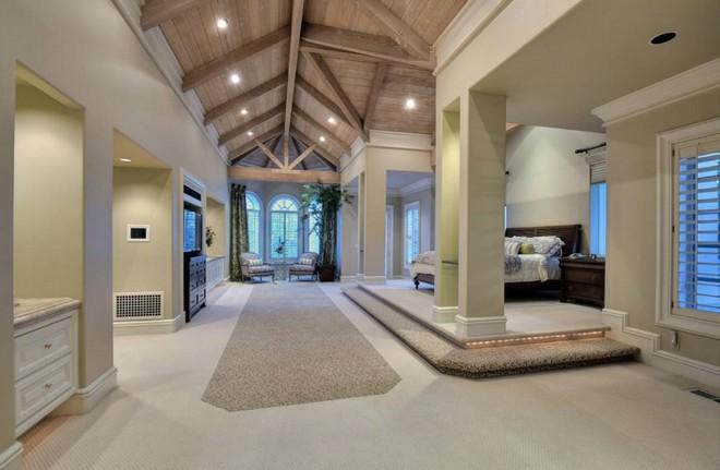 Jeff Skoll is Selling California Mansion (1) celebrity homes Celebrity Homes: Jeff Skoll is Selling California Mansion Celebrity Homes Jeff Skoll is Selling California Mansion 1