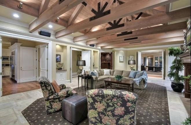 Jeff Skoll is Selling California Mansion (10) celebrity homes Celebrity Homes: Jeff Skoll is Selling California Mansion Celebrity Homes Jeff Skoll is Selling California Mansion 10