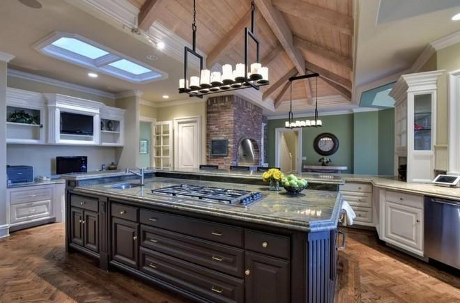 Jeff Skoll is Selling California Mansion (12) celebrity homes Celebrity Homes: Jeff Skoll is Selling California Mansion Celebrity Homes Jeff Skoll is Selling California Mansion 12