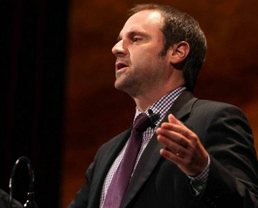 Celebrity Homes: Jeff Skoll is Selling California Mansion