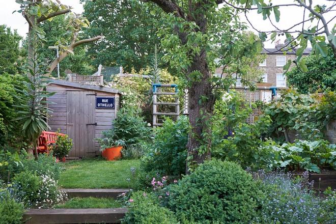 akwowubadihx Celebrity Homes Celebrity Homes: Visit Dominic West's London Home AKwOWuBaDIHx