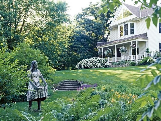 celebrity-homes-discover-jessica-lange-garden-9 celebrity homes Celebrity Homes: Discover Jessica Lange Garden Celebrity Homes Discover Jessica Lange Garden 9