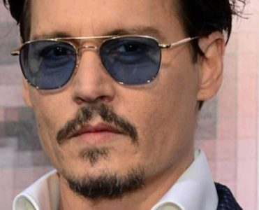 Celebrity Homes: Johnny Depp is Selling his Penthouse Collection celebrity homes Celebrity Homes: Johnny Depp is Selling his Penthouse Collection Inside Celebrity Homes Johnny Depp is Selling his Penthouse Collection 371x300