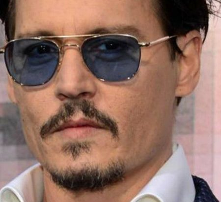 inside-celebrity-homes-johnny-depp-is-selling-his-penthouse-collection
