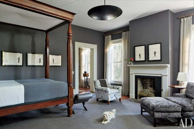 3 Celebrity Homes Celebrity Homes with Cozy Bedroom Fireplaces 3