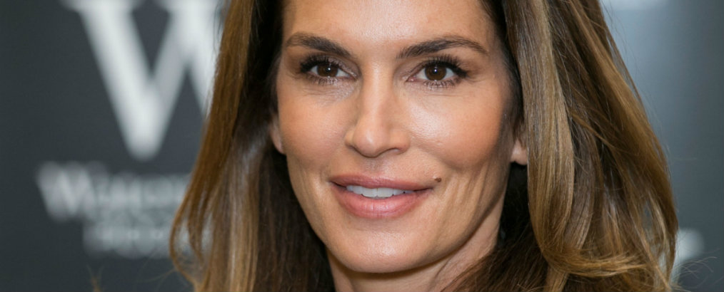Inside Celebrity Homes: Cindy Crawford is Selling Malibu Home Inside Celebrity Homes Inside Celebrity Homes: Cindy Crawford is Selling Malibu Home 02 cindy crawford