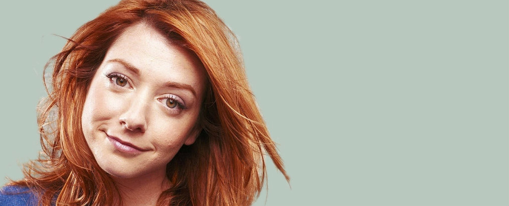 Celebrity Homes Celebrity Homes: Alyson Hannigan is Selling LA Estate alyson hannigan wallpaper16