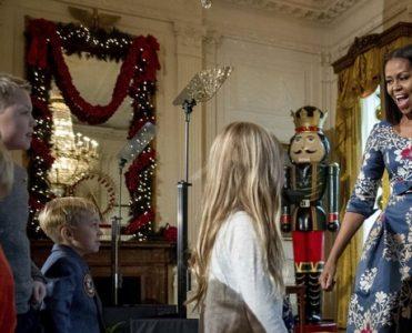 Astonishing White House Holiday Decorations 2016