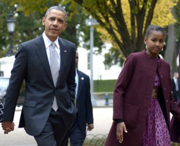 Celebrity News: Obama's Family Vacations on British Virgin Islands obama's family vacations Celebrity News: Obama's Family Vacations on British Virgin Islands Celebrity News Obamas Family Vacations on British Virgin Islands 371x300