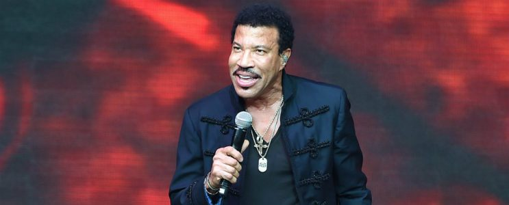 Celebrity Homes Must-see Lionel Richie's Italian Style Mansion Lionel Richie's Italian Style Mansion Celebrity Homes Must-see Lionel Richie's Italian Style Mansion Celebrity Homes Must see Lionel Richies Italian Style Mansion 743x300