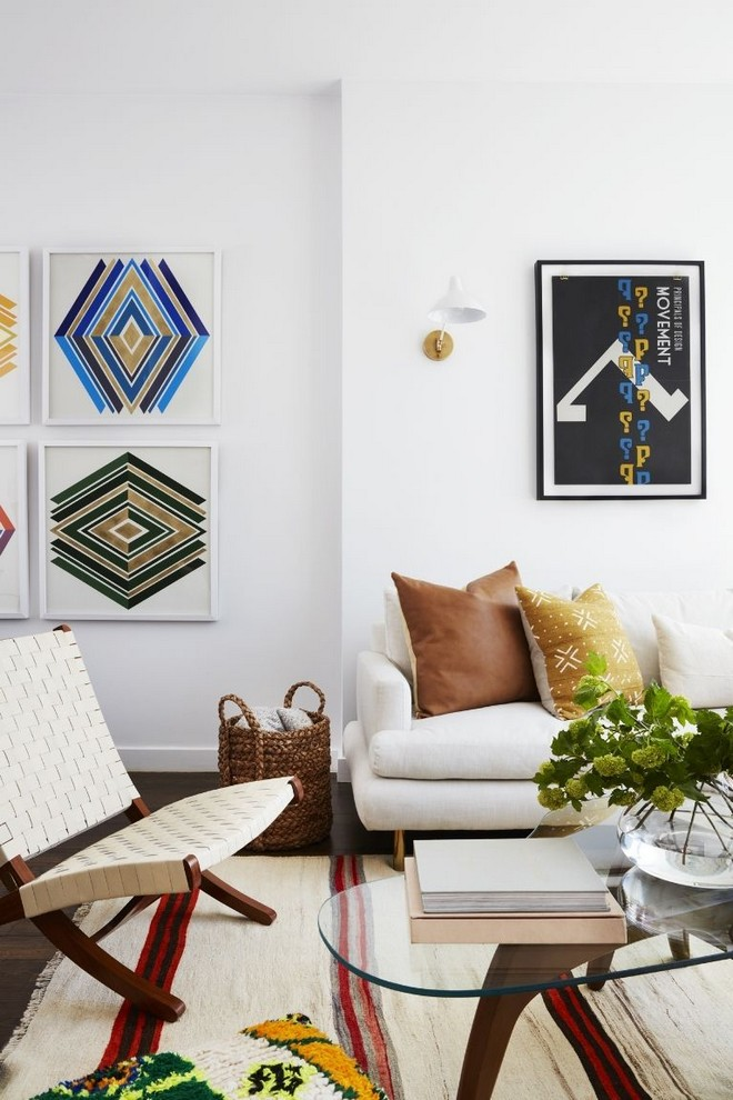 inside celebrity homes Inside Celebrity Homes: Mindy Karling has a Colorful NYC Apartment Inside Celebrity Homes Mindy Karling has a Colorful NYC Apartment 2
