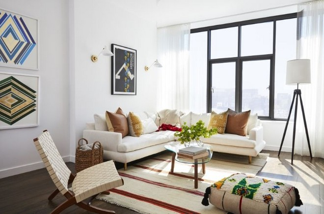 inside celebrity homes Inside Celebrity Homes: Mindy Karling has a Colorful NYC Apartment Inside Celebrity Homes Mindy Karling has a Colorful NYC Apartment 9
