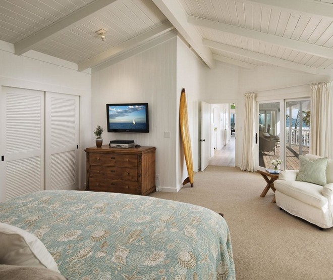 Ashton Kutcher and Mila Kunis Ashton Kutcher and Mila Kunis Brand New Santa Barbara Home Ashton Kutcher and Mila Kunis Brand New Santa Barbara Home 12
