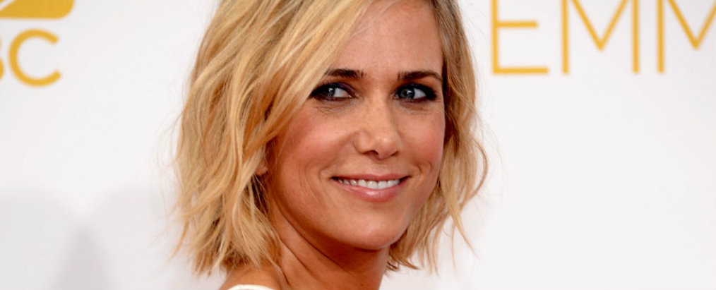 kristen wiig Celebrity News: Kristen Wiig Sold Her Los Angeles Home Celebrity News Kristen Wiig Sold Her Los Angeles Home
