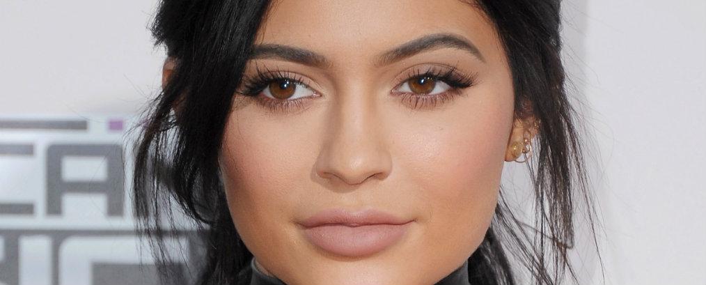 Kylie Jenner Celebrity News: Kylie Jenner Rent a Beverly Hills Mansion Celebrity News Kylie Jenner Rent a Beverly Hills Mansion