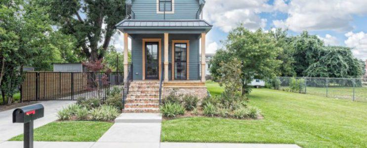 Celebrity Homes: Buy Fixer Upper's Shotgun Home
