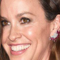 Celebrity News: Alanis Morissette is Selling California House