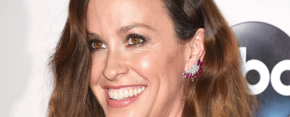 alanis morissette Celebrity News: Alanis Morissette is Selling California House Celebrity News Alanis Morissette is Selling California House