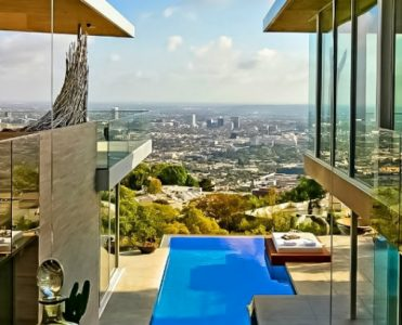 Celebrity Homes in Los Angeles Celebrity Homes in Los Angeles Celebrity Homes in Los Angeles Celebrity Homes in Los Angeles 371x300
