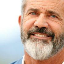 Mel Gibson Lists Malibu Estate, Mel Gibson, Malibu Estate, celebrity homes, inside celebrity homes, celebrity news, David Duchovny, Téa Leoni