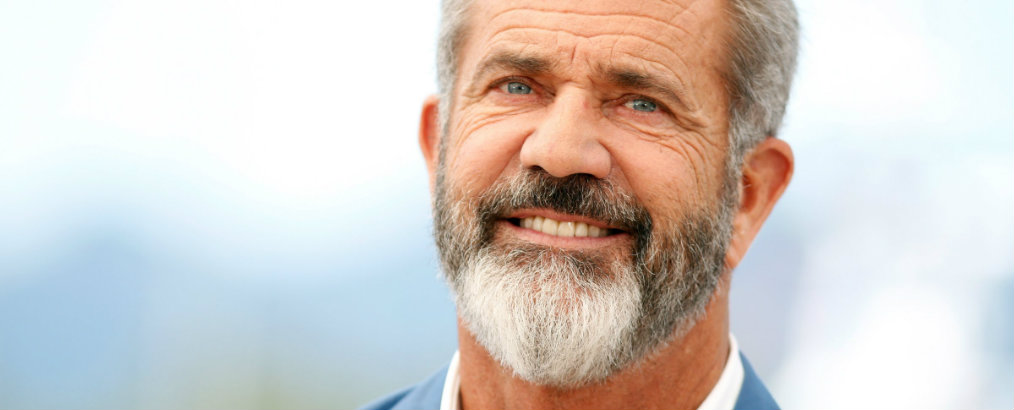 Mel Gibson Lists Malibu Estate, Mel Gibson, Malibu Estate, celebrity homes, inside celebrity homes, celebrity news, David Duchovny, Téa Leoni