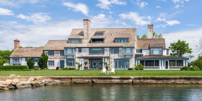 Inside Celebrity Homes: Get to Know Katherine Hepburn's House