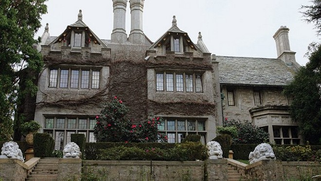playboy mansion Celebrity Homes: Playboy Mansion After Hugh Hefner Celebrity Homes Playboy Mansion After Hugh Hefner 2
