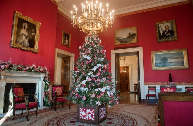 White House Holiday Decorations What Do You Think About White House Holiday Decorations? What Do You Think About White House Holiday Decorations 6