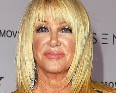Buy Suzanne Somers Palm Springs Estate (1)