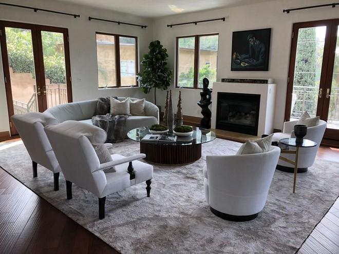Eva Longoria Live in Eva Longoria's Mediterranean Hollywood Hills Mansion Live in Eva Longorias Mediterranean Hollywood Hills Mansion 2