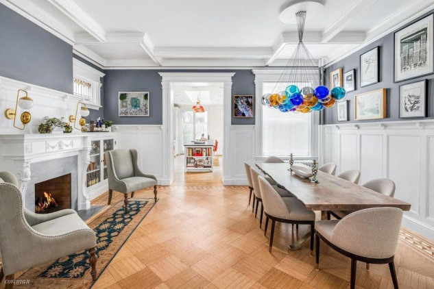 Emily Blunt and John Krasinski Emily Blunt and John Krasinski Huge Four-Story Mansion in Brooklyn NYC Emily Blunt and John Krasinski Huge Four Story Mansion in Brooklyn NYC 6