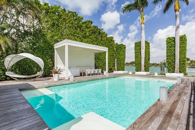 Shakira's House in Miami Beach Step Inside Shakira's House in Miami Beach Step Inside Shakiras House in Miami Beach 9