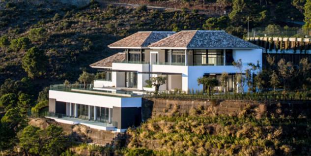 Cristiano Ronaldo's Mansion Tour Cristiano Ronaldo's Mansion in Malaga, Spain Tour Cristiano Ronaldos Mansion in Malaga Spain 3