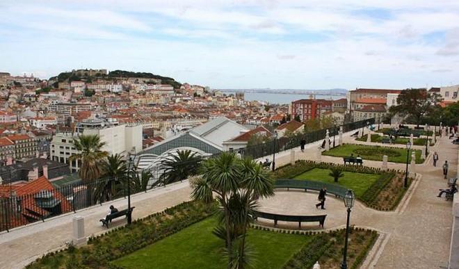 scarlett johansson Scarlett Johansson Buys Apartment in Lisbon Scarlett Johansson Buys Apartment in Lisbon 3
