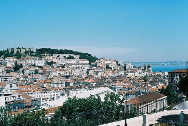 scarlett johansson Scarlett Johansson Buys Apartment in Lisbon Scarlett Johansson Buys Apartment in Lisbon 4